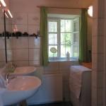 Badezimmer im Ferienhaus Baumgarten 1